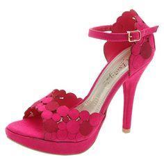 Hermosas zapatillas de fiesta color rosa para vestido de noche   http://zapatosd.info/hermosas-zapatillas-de-fiesta-color-rosa-para-vestido-de-noche/