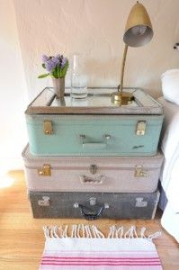 Great suitcase side table- super cute for a guest room