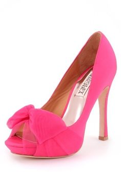 Zali Pump pink and tulle Shoes Heels Boots, Slip On Shoes, Dress Shoes, Crazy Shoes, Me Too Shoes, Shoe Closet, Bridal Shoes, Timeless Fashion, Boat Shoes