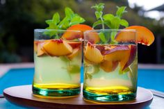 Gojee - White Wine and Peach Sangria by Veggie Dreamgirl
