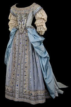 Baroque costume from La Comedie-Francaise via Telerama