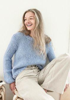 Enkel Knitwear, Bell Sleeve Top, Turtle Neck, Street Style, Pullover, Clothes, Tops, Women, Knitting Ideas