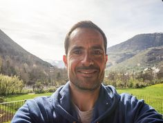 Happy birthday selfie.    #travel #carameltrail #happybirthday #selfie #happybirthdayselfie #nomad #nomadlife #instatravel #travelgram #passportready #wanderlust #ilovetravel #traveldeeper #travelling #getaway #travelpics #travelphoto #lifestyle #travelmore
