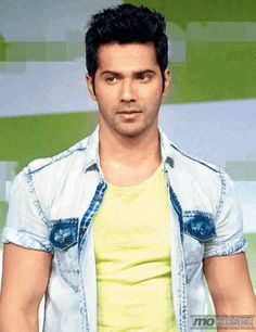 This hot actor shares his birthday with Sachin Tendulkar, To know more about him click http://momoviez.com/