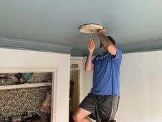 DIY Ceiling medallion hack for english bedroom big girl room
