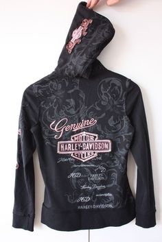 Harley Davidson Zip Up Hoodie Ladies Size 8 Harley Davidson Womens Clothing, Harley Davidson Boots, Motorcycle Style, Motorcycle Outfit, Motorcycle Fashion, Motorcycle Jeans, Harley Apparel, Biker Chick Style, Harley Gear