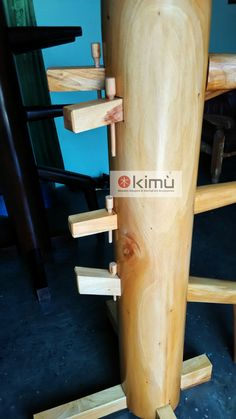 Boneka Kayu / Wooden Dummy / Manusia Kayu / Mok Yan Jong Kungfu atau Wingchun ~ Wingchunsport Wing Chun Dummy, Wing Chun Wooden Dummy, Kung Fu, Bruce Lee, Martial Arts Equipment, Martial Arts Workout, Krav Maga, At Home Gym, No Equipment Workout