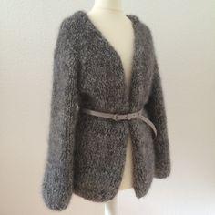 LOTILDA Oversize Strickjacke aus Mohair mit Raglanärmel mit schmalem Gürtel
