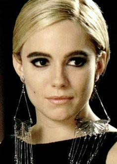 Sienna Miller in retro Edie Sedwick mod makeup for Factory Girl.