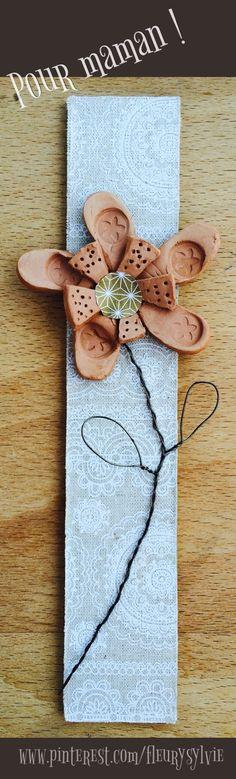 www.toutpetitrien.ch et http://pinterest.com/fleurysylvie/mes-creas-pour-les-kids/ #bricolage #enfant fleur en terre cuite séchant à l'air pour maman !