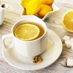 Idei de MESE (mic-dejun, prânz și cină) recomandate de dr. Mihaela Bilic celor care vor să SLĂBEASCĂ | La Taifas Detox Recipes, Metabolism, Tea Cups, Tableware, Food, Colors, Travel, Vitamins, Fiber