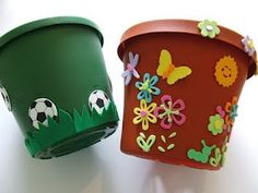 Decorated flower pots with foam stickers