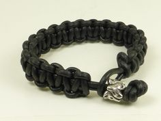 Leather Bracelet with a 4 fox bead.
