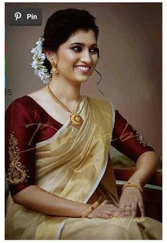 Kerala Saree Blouse Designs, Wedding Saree Blouse Designs, Saree Blouse Neck Designs, Simple Blouse Designs, Saree Wedding, Cotton Saree Designs, Bridal Sari, Cotton Saree Blouse, Saree Dress
