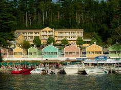 The NASWA Resort on Lake Winnipesaukee in Laconia, NH - www.lakesregion.org