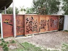 Our branch and birds set featuring in this Custom sliding gate to side of property in Torquay almost finished. @poboxdesigns #custommade #gates #lasercut #designer #corten