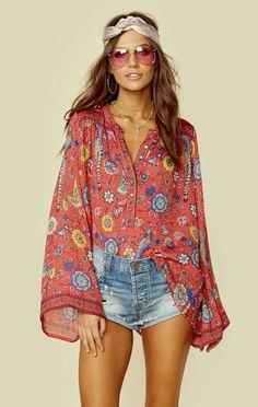 hippie style Boho chic bohemian boho style hippy hippie chic bohme vibe gypsy fashion indie folk the . Fashion Mode, Indie Fashion, Look Fashion, Trendy Fashion, Gypsy Fashion, Fashion Spring, 70s Hippie Fashion, Fashion Vintage, Boho Gypsy