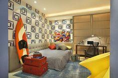 Confira algumas dicas para decorar um quarto de menino e veja uma galeria incrível com + de 90 fotos de quartos de meninos decorados de forma criativa.