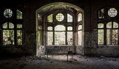 Beelitz Heilstätten (war hospital/sanatorium), Brandenburg, Germany © Adam Ballhaussen