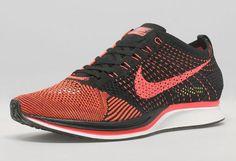Nike Flyknit Racer Black/Laser Crimson