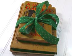 Set of 3 Dickensian Books  Vintage Dickens and by DivineOrders, $25.00