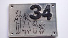 Plaque de porte exterieur en céramique émaillée personnalisable. Création artisanale Unique