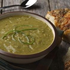 A little bit of curry heat puts a new twist on this classic split pea soup recipe. Pulses Recipes, Split Pea Soup Recipe, Green Peas, Curry Powder, Recipe Using, Soups And Stews, Gluten Free Recipes, Vegan, Vegetables