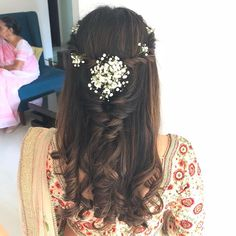 Bridal Hairstyle Indian Wedding, Bridal Hair Buns, Bridal Hairdo, Hairdo Wedding, Long Hair Wedding Styles, Wedding Hairstyles For Long Hair, Hair Style Vedio, Medium Hair Styles, Curly Hair Styles