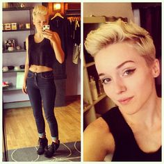 great way to wear short hair with simple, strong makeup Short Hair Cuts For Women, Short Hairstyles For Women, Short Hair Styles, Superkurzer Pixie, Pixie Cuts, Blonde Pixie, Pixie Mohawk, Short Pixie, Blonde Hair