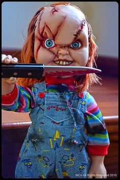 5489ac21 Chucky, Horror Movies, Kids Playing, Oakland Raiders, Action Figures, Scary,