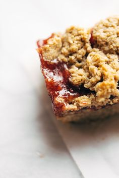 Strawberry Oat Crumble Bars - simple vegan dessert / snack bars