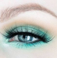 Gorgeous Makeup: Tips and Tricks With Eye Makeup and Eyeshadow – Makeup Design Ideas Mint Makeup, Makeup For Green Eyes, Blue Eye Makeup, Eye Makeup Tips, Makeup Art, Makeup Tricks, Prom Makeup, Makeup Products, Mint Eyeshadow