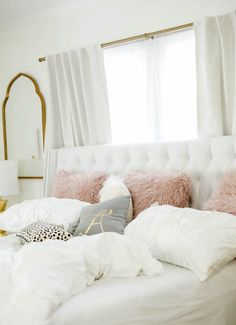 Grey white and pink bedroom white gold bedroom decor gold rooms white gold and pink bedroom . Dream Bedroom, Dream Rooms, White Bedroom Design, Rose Gold And Grey Bedroom, Blush And Gold Bedroom, Grey And Gold Bedroom, Rose Gold Room Decor, White Room Decor, Gold Rooms