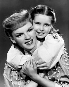 "Judy Garland and Margaret O'Brien from ""Meet Me in St. Louis"".  Love this!"