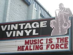 I can't imagine a Hipster without a special taste of music, nor the passion for vintage records...