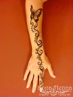 Kona Henna Studio - hands gallery #hennadesigns Kona Henna Studio - hands gallery Beautiful Henna Designs, Simple Mehndi Designs, Henna Tattoo Designs, Henna Hand Designs, Henna Tattoo Hand, Henna Art, Finger Henna, Finger Tattoos, Henna Butterfly