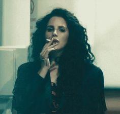 Lana, in Ride