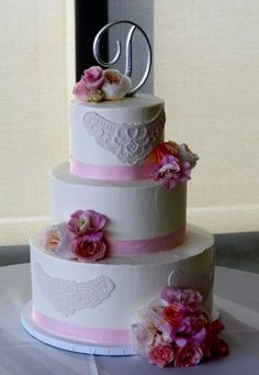 small 3 tier wedding cakes | Ivory 3 tier wedding cake with pink & white roses & monogram silver ...