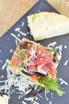 #DimequeesViernes.: Pan de Focaccia relleno de jamon iberico de bellota