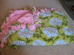 Make a cuddly fleece blanket with NO sewing required