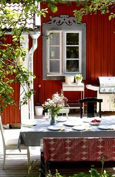 Swedish Farmhouse, Hippie House, Farm House Colors, Red Cottage, House Goals, Home Fashion, Scandinavian Design, Old Houses, Painting On Wood