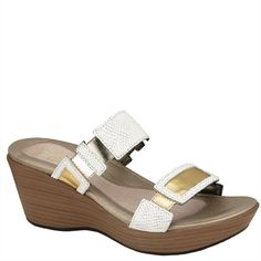 b1d010fb44065d The women s Naot Treasure 2 Strap is a great vacation sandal