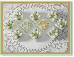 Lily Of The Valley monogramme de remous Bouquet décorés à la main Sugar Cubes
