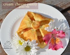 gluten free cream cheese pastries (makes 4 large pastries) Gluten Free Pie, Gluten Free Desserts, Gluten Free Recipes, Cream Cheese Pastry, Cream Cheese Filling, Gluten Free Thanksgiving, Cheese Danish, Sweet Treats, Snack Recipes