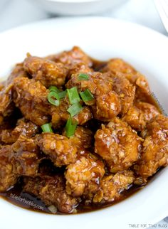 Take Out, Fake Out! Lightened-Up General Tso& Chicken recipe Turkey Recipes, Chicken Recipes, Dinner Recipes, Dinner Ideas, Food Dishes, Main Dishes, Asian Recipes, Healthy Recipes, I Love Food