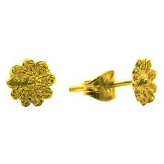 Daisy Gold Stud Earrings, 18K Solid Gold, Handmade filigree daisy... (€235) ❤ liked on Polyvore featuring jewelry, earrings, 18 karat gold earrings, gold jewellery, gold filigree earrings, stud earrings and gold daisy earrings