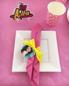 Soy Luna Party Table Decor