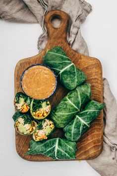 Collard Wraps Paleo) Thai Chicken Collard Wraps with slow cooked coconut chicken, fresh herbs and vegetables and Thai Almond Butter Sauce. Paleo Recipes, Gourmet Recipes, Cooking Recipes, Cooking Games, Cooking Pork, Cooking Chef, Cookbook Recipes, Cooking Classes, Crockpot Recipes