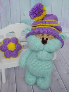 Вязаный медвежонок Шурик. МК Светланы Перцевой  Вязаная игрушка, мишка в шапке, медвежонок вязаный, игрушка крючком, купить игрушку, мятный мишка