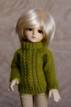 YOSD BJD mohair sweater tiny clothes knit seamless extra fine yarn by LynxClew on Etsy